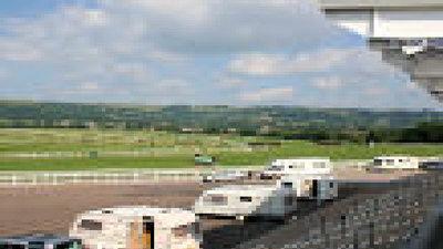 Picture of Cheltenham Racecourse Caravan Club Site, Oxfordshire, Central South England