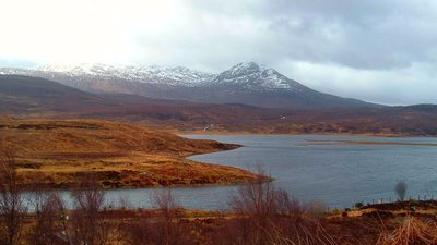 Wester Ross, Loch Achanalt (© By dave conner [CC BY 2.0 (http://creativecommons.org/licenses/by/2.0)], via Wikimedia Commons (original photo: https://commons.wikimedia.org/wiki/File:Wester_Ross,_Loch_Achanalt.jpg))