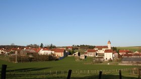Le village de VANNE - Haute Saone (© By Pourvoyeur (Own work) [CC BY-SA 3.0 (http://creativecommons.org/licenses/by-sa/3.0)], via Wikimedia Commons (original photo: https://commons.wikimedia.org/wiki/File:Le_village_de_VANNE_Haute_Saone_(France).jpg))