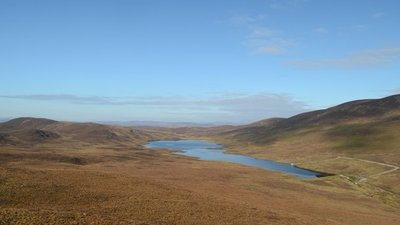 Loch Lunndaidh, Sutherland near the caravan site (© © Copyright Andrew Tryon (https://www.geograph.org.uk/profile/104377) and licensed for reuse (http://www.geograph.org.uk/reuse.php?id=4704115) under this Creative Commons Licence (https://creativecommons.org/licenses/by-sa/2.0/).)