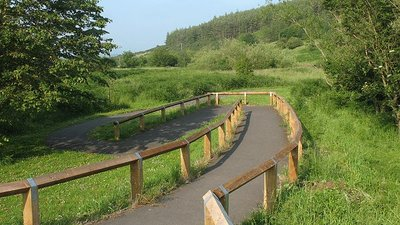 Access ramp to Wooler Common nature trail (© © Copyright Stephen Craven (https://www.geograph.org.uk/profile/6597) and licensed for reuse (http://www.geograph.org.uk/reuse.php?id=1420429) under this Creative Commons Licence (https://creativecommons.org/licenses/by-sa/2.0/).)