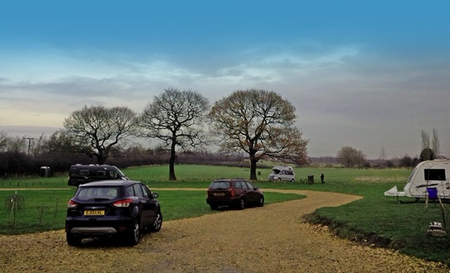 Wintersett Lakes campsite and rally field
