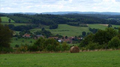 Vue vers le Châtaignaud-commune de Châtelus le Marcheix (© By Tiston23 (Own work) [CC BY 3.0 (http://creativecommons.org/licenses/by/3.0)], via Wikimedia Commons (original photo))