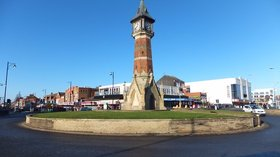 Skegness clock tower (© © Copyright Richard Hoare (http://www.geograph.org.uk/profile/38036) and licensed for reuse (http://www.geograph.org.uk/reuse.php?id=4314667) under this Creative Commons Licence (https://creativecommons.org/licenses/by-sa/2.0/).)