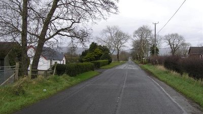 Pollys Brae Road (© Kenneth  Allen / Pollys Brae Road (original photo: https://commons.wikimedia.org/wiki/File:Pollys_Brae_Road_-_geograph.org.uk_-_716508.jpg))