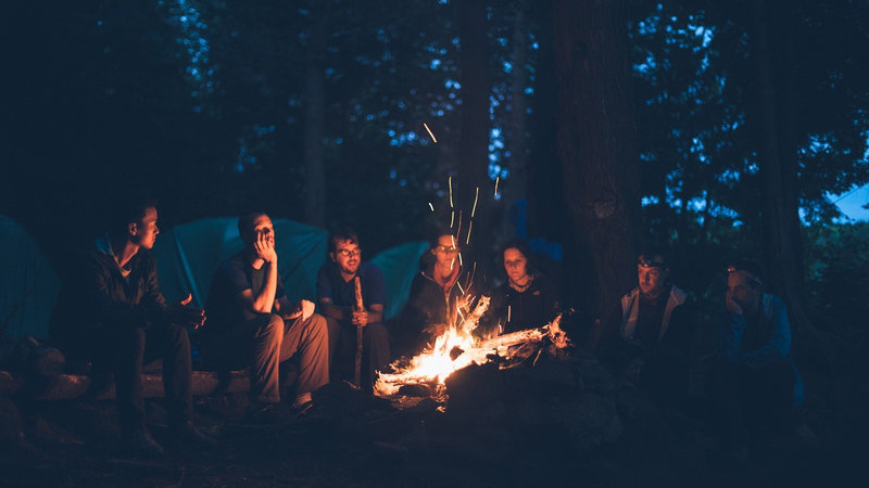 Gadgets for camping - Sitting round the campfire