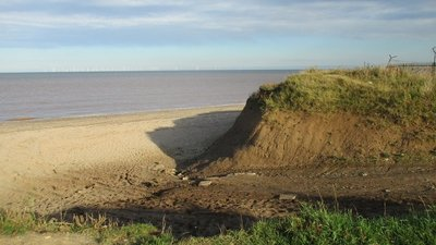 Beach access, Easington  (© © Copyright Jonathan Thacker (https://www.geograph.org.uk/profile/46229) and licensed for reuse (http://www.geograph.org.uk/reuse.php?id=5546515) under this Creative Commons Licence (https://creativecommons.org/licenses/by-sa/2.0/).)