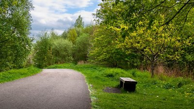 The cycle route passes through the Preston Junction Local Nature Reserve  (© © Copyright Ian Greig (https://www.geograph.org.uk/profile/9857) and licensed for reuse (https://www.geograph.org.uk/reuse.php?id=3960201) under this Creative Commons Licence (https://creativecommons.org/licenses/by-sa/2.0/).)