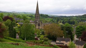 All Saint's Parish Church, Bakewell, Derbyshire (© By Bert Camenbert from Stoke on trent, England (All Saint's Parish Church, Bakewell, Derbyshire) [CC BY 2.0 (http://creativecommons.org/licenses/by/2.0)], via Wikimedia Commons (original photo: https://commons.wikimedia.org/wiki/File:All_Saint%27s_Parish_Church,_Bakewell,_Derbyshire.jpg))