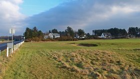 Lochgreen Golf course, Troon near the caravan site (© © Copyright wfmillar (https://www.geograph.org.uk/profile/7544) and licensed for reuse (http://www.geograph.org.uk/reuse.php?id=2766408) under this Creative Commons Licence (https://creativecommons.org/licenses/by-sa/2.0/).)