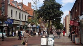 Bridge Street, Worksop (© © Copyright Andrew Hill (http://www.geograph.org.uk/profile/17057) and licensed for reuse (http://www.geograph.org.uk/reuse.php?id=3133879) under this Creative Commons Licence (https://creativecommons.org/licenses/by-sa/2.0/).)
