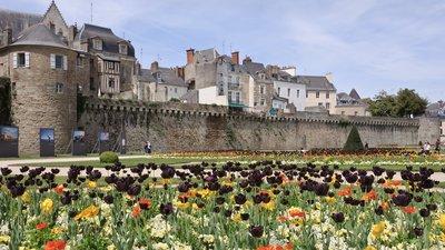 Bretagne les remparts de Vannes (© Photo: Myrabella/Wikimedia Commons, via Wikimedia Commons (original photo: https://commons.wikimedia.org/wiki/File:Bretagne_les_remparts_de_Vannes.jpg))