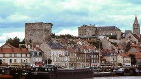 Centre historique de Conflans-Sainte-Honorine, Yvelines (© By user Alexandrin (Own work) [Public domain], via Wikimedia Commons)