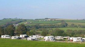 Caravan park in South Wales - South Wales Touring Park / Llwynifan Farm