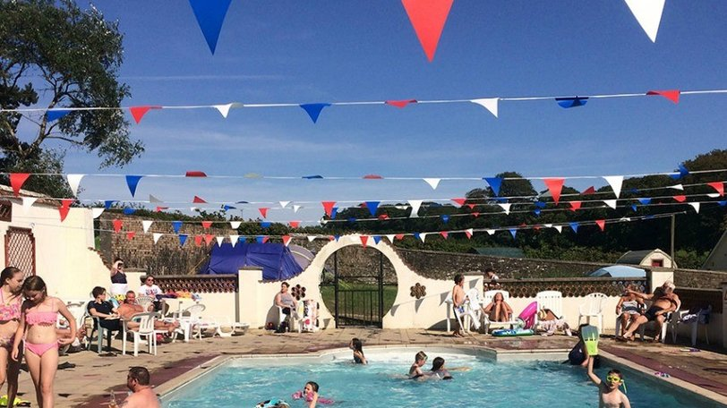 smytham-swimming-pool - Smytham Holiday Park