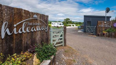 The Dorset hideaway entrance (© The Dorset Hideaway)