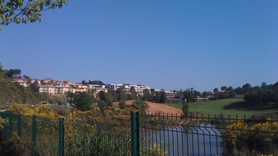 Paysage de Saint Philippe, Sophia Antipolis, Biot (© By Alexberlioz (Own work) [CC BY-SA 3.0 (http://creativecommons.org/licenses/by-sa/3.0)], via Wikimedia Commons (original photo: https://commons.wikimedia.org/wiki/File:Paysage_de_Saint_Philippe,_Sophia_Antipolis,_Biot,_France.JPG))