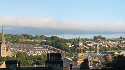 City of Lancaster (© By David P (originally posted to Flickr as Lancaster) [CC BY-SA 2.0 (http://creativecommons.org/licenses/by-sa/2.0)], via Wikimedia Commons (original photo: https://commons.wikimedia.org/wiki/File:City_of_Lancaster_(2).jpg))