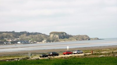 The car park at Pentraeth Beach (© © Copyright Eric Jones (http://www.geograph.org.uk/profile/7056) and licensed for reuse (http://www.geograph.org.uk/reuse.php?id=959256) under this Creative Commons Licence (https://creativecommons.org/licenses/by-sa/2.0/))