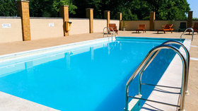 Outdoor Pool at Thriftwood Holiday Park