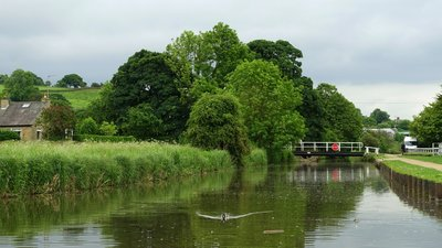 Leeds and Liverpool Canal - Skipton, North Yorkshire (© Daderot [CC0], from Wikimedia Commons)