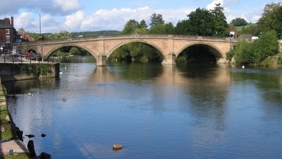 Bewdley Bridge (© © Copyright Dominic Moore (http://www.geograph.org.uk/profile/13565) and licensed for reuse (http://www.geograph.org.uk/reuse.php?id=404593) under this Creative Commons Licence (https://creativecommons.org/licenses/by-sa/2.0/).)