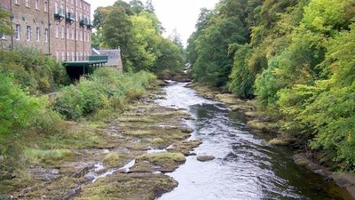 River Ericht near Blairgowrie close to the caravan park (© Trish Steel [CC BY-SA 2.0 (http://creativecommons.org/licenses/by-sa/2.0)], via Wikimedia Commons (original photo: https://commons.wikimedia.org/wiki/File:River_Ericht_near_Blairgowrie_-_geograph.org.uk_-_1532987.jpg))