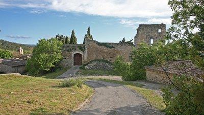 Chateau_Lagnes,_Vue_nord,_by_JM_Rosier