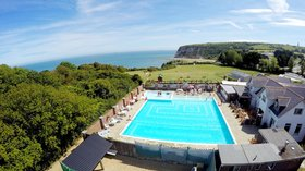WCB_DRONE_OUTDOORPOOLVIEWS_WS_01_18