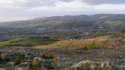 Peebles from south (© By Viewfinder (Own work) [Public domain], via Wikimedia Commons)