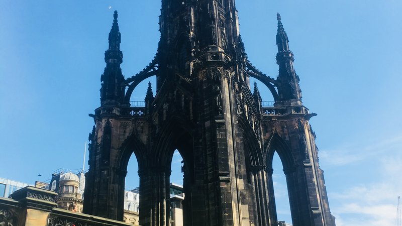 Scott Monument - The Scott Monument is a Victorian Gothic monument to Scottish author Sir Walter Scott. It is the largest monument to a writer in the world. (© 2018 Doriane Steyaert)