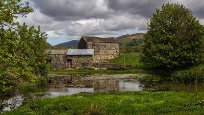 Holme_Open_Farm,_Sedbergh,_Cumbria-geograph-4500286-by-Peter-McDermott