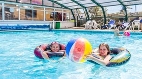 Andrewshayes Pool Time - Free access to the swimming pool at Andrewshayes Holiday Park (© Andrewshayes Holiday Park)