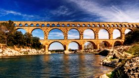 Pont Du Gard (© By Wolfgang Staudt (originally posted to Flickr as Pont Du Gard) [CC BY 2.0 (http://creativecommons.org/licenses/by/2.0)], via Wikimedia Commons (original photo: https://commons.wikimedia.org/wiki/File:Pont_Du_Gard.jpg))
