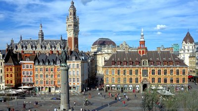City in the region - Lille (© By Velvet (Own work) [CC BY-SA 3.0 (http://creativecommons.org/licenses/by-sa/3.0)], via Wikimedia Commons (original photo: https://commons.wikimedia.org/wiki/File:Lille_vue_gd_place.JPG))