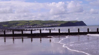Upper Borth (© By --Immanuel Giel 07:33, 21 August 2007 (UTC) (Own work (own photography)) [Public domain], via Wikimedia Commons)