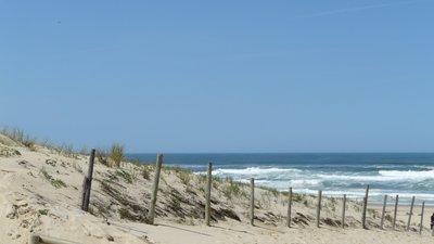Beach plage océan atlantique côte landes moliets (© bigup21 [CC BY 3.0 (http://creativecommons.org/licenses/by/3.0)], via Wikimedia Commons (original photo: https://commons.wikimedia.org/wiki/File:Beach_plage_oc%C3%A9an_atlantique_c%C3%B4te_landes_moliets_-_panoramio.jpg))