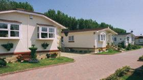 Picture of Hogbarn Village, Kent