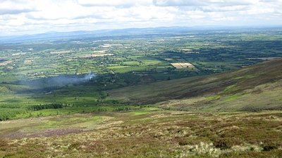 Glen of Aherlow  (© © Copyright kevin higgins (https://www.geograph.ie/profile/15746) and licensed for reuse (http://www.geograph.ie/reuse.php?id=1344227) under this Creative Commons Licence (https://creativecommons.org/licenses/by-sa/2.0/).)