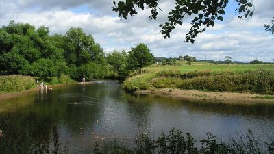 River Wyre from Garstang Car Park  (© © Copyright Brian Houghton (https://www.geograph.org.uk/profile/7114) and licensed for reuse (http://www.geograph.org.uk/reuse.php?id=219105) under this Creative Commons Licence (https://creativecommons.org/licenses/by-sa/2.0/).)