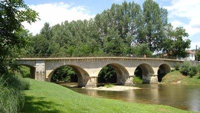 In the Hautes-Pyrénées region: Pont sur l'Arros à Saint-Sever-de-Rustan (© By Florent Pécassou (Own work) [GFDL (http://www.gnu.org/copyleft/fdl.html) or CC BY-SA 3.0 (http://creativecommons.org/licenses/by-sa/3.0)], via Wikimedia Commons (GFDL copy: https://en.wikipedia.org/wiki/GNU_Free_Documentation_License, original photo: https://commons.wikimedia.org/wiki/File:Pont_sur_l'Arros_%C3%A0_Saint-Sever-de-Rustan_(Hautes-Pyr%C3%A9n%C3%A9es,_France).JPG))