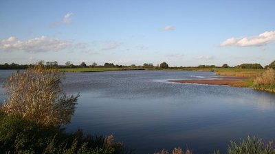 Besthorpe Nature Reserve  (© © Copyright Richard Croft (https://www.geograph.org.uk/profile/1904) and licensed for reuse (http://www.geograph.org.uk/reuse.php?id=264553) under this Creative Commons Licence (https://creativecommons.org/licenses/by-sa/2.0/).)