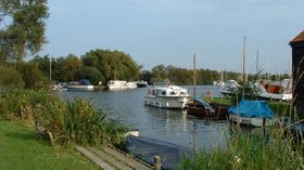 Picture of Norfolk Broads Caravan Park, Norfolk