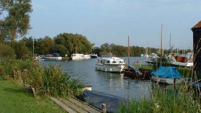 Picture of Norfolk Broads Caravan Park, Norfolk