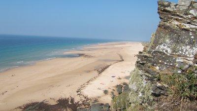 Cap Carteret plage Cotentin (© By Rundvald (Rundvald) [Public domain], via Wikimedia Commons)