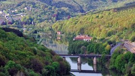In the region: Vallée de la Meuse Bogny Monthermé (© By Thierry Fricotteaux (Own work) [CC BY 3.0 (http://creativecommons.org/licenses/by/3.0)], via Wikimedia Commons (original photo: https://commons.wikimedia.org/wiki/File:Vall%C3%A9e_de_la_Meuse_Bogny_Montherm%C3%A9.jpg))